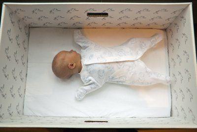 Why Finnish babies moslty sleep in cardboard boxes