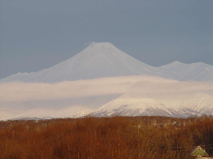 #view of the volcanoes of petropavlovsk kamchatsky