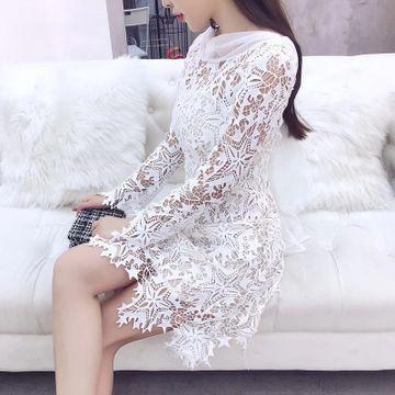http://sevtao.ru/item/563855569520  Платье белое со звездами  3200 руб  Размер: S - L  Нарядные платья, костюмы и многое другое на сайте sevtao.ru