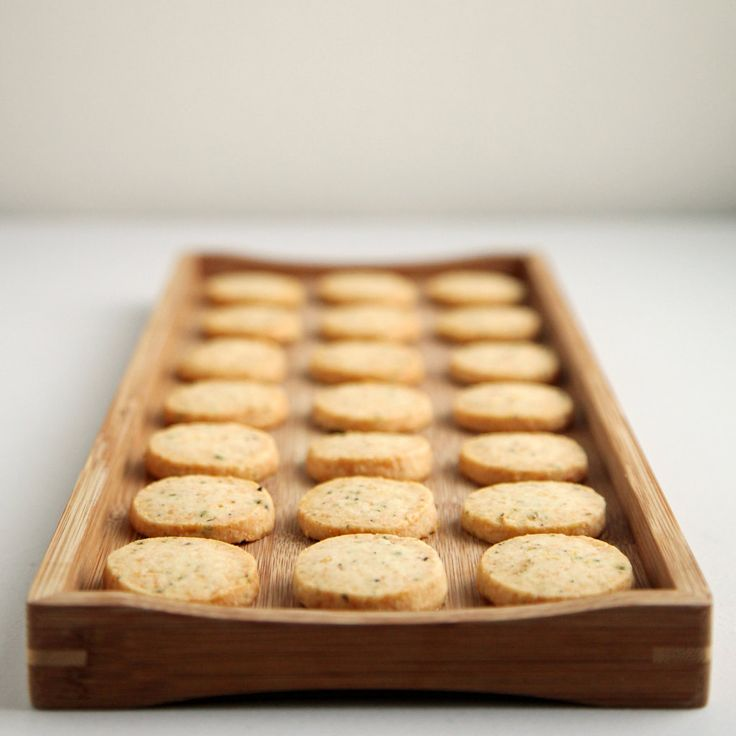 Killer App: Parmesan, Black Pepper, and Thyme Crackers: If I could distill just one entertaining tip to y