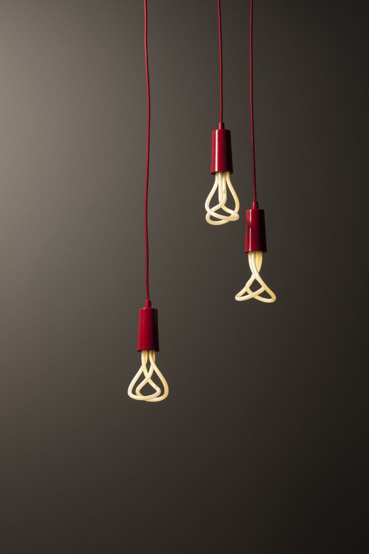 A Plumen red pendant light adds a splash of colour to any interior. Its rich red colour oozes class. Its sculptural Plumen light bulb adds another dimension