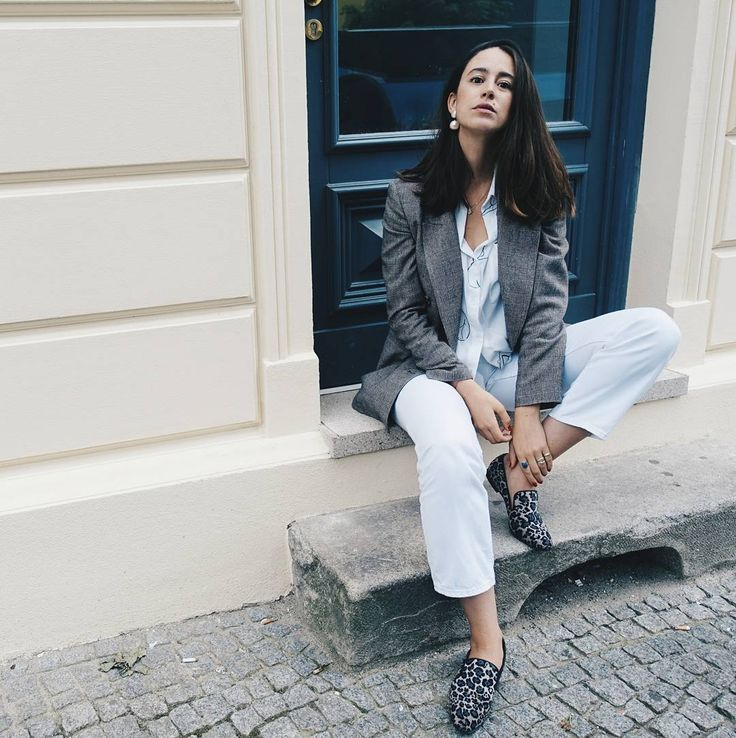Monday's be like: Wear your favorite outfit and you will get through the day easily. Team member FS opted for the white look and a check blazer