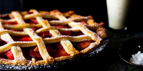 Rhubarb and apple pie. Photo / Babiche Martens