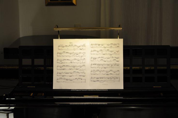 Piano - Score lighting