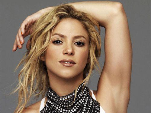 Top 10 most popular female singers in 2013 http://en.wikipedia.org/wiki/Shakira  #popular_female_singers