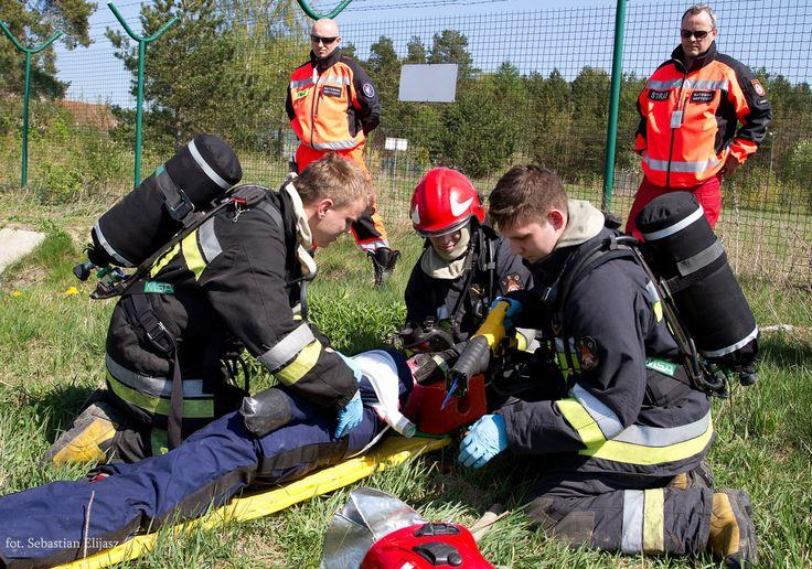 Ćwiczenia Straży Pożarnej / #firebrigade #firefighters #fire #practice #airport #gdansk; photo: Sebastian Elijasz / Port Lotniczy Gdańsk