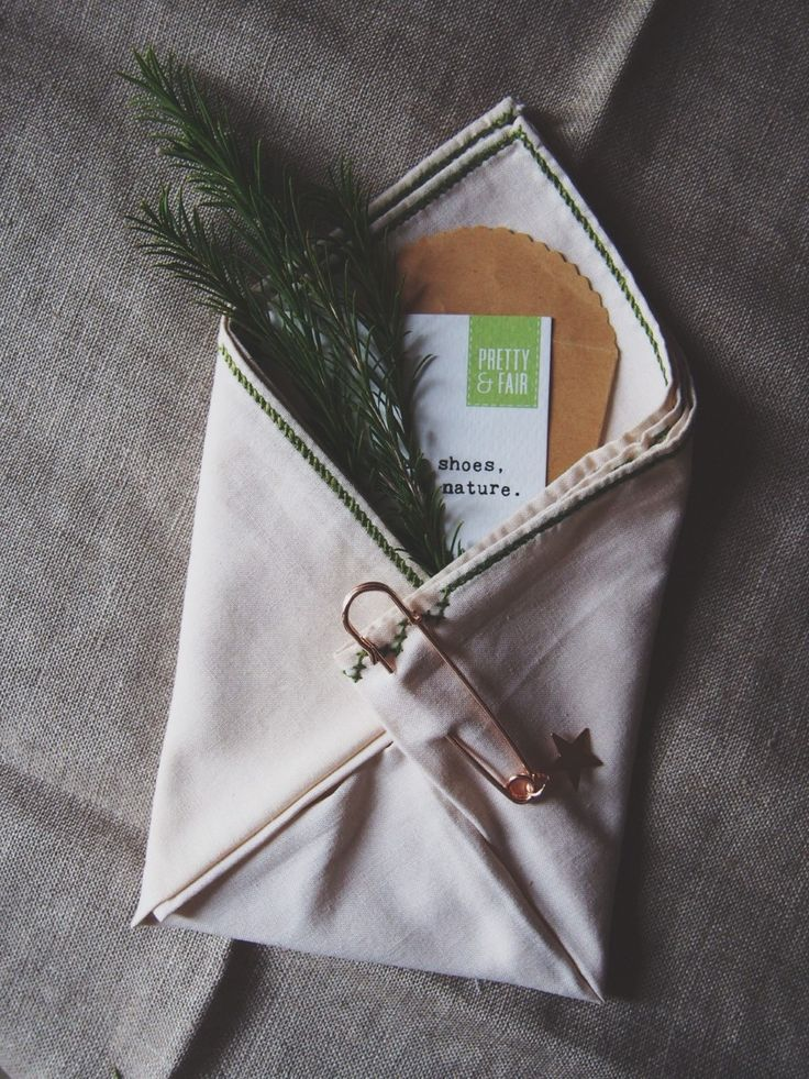 zero waste gift wrap ideas // the sea is my cup of tea travel & natural lifestyle blog