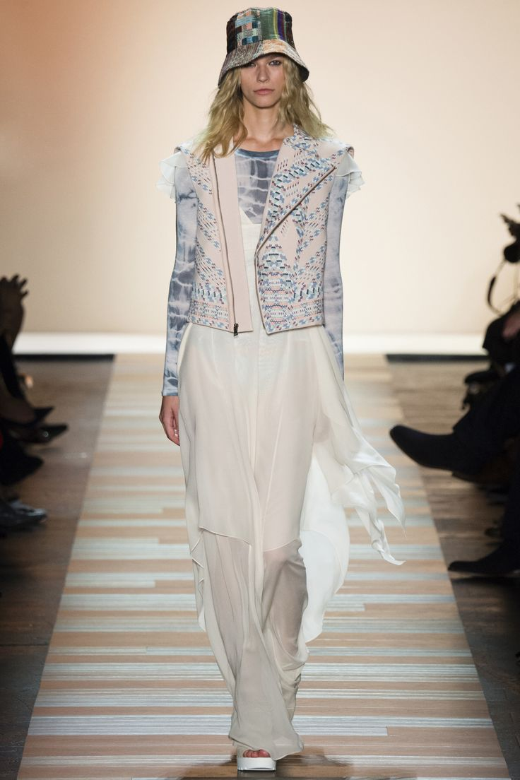 Watch Get BCBG Max Azria's Spring 2011 Beauty Look video