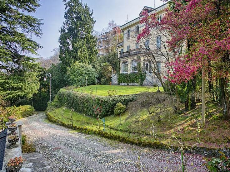 Renowned villa with amazing views  Stresa, Verbano Cusio Ossola, Italy – Luxury Home For Sale