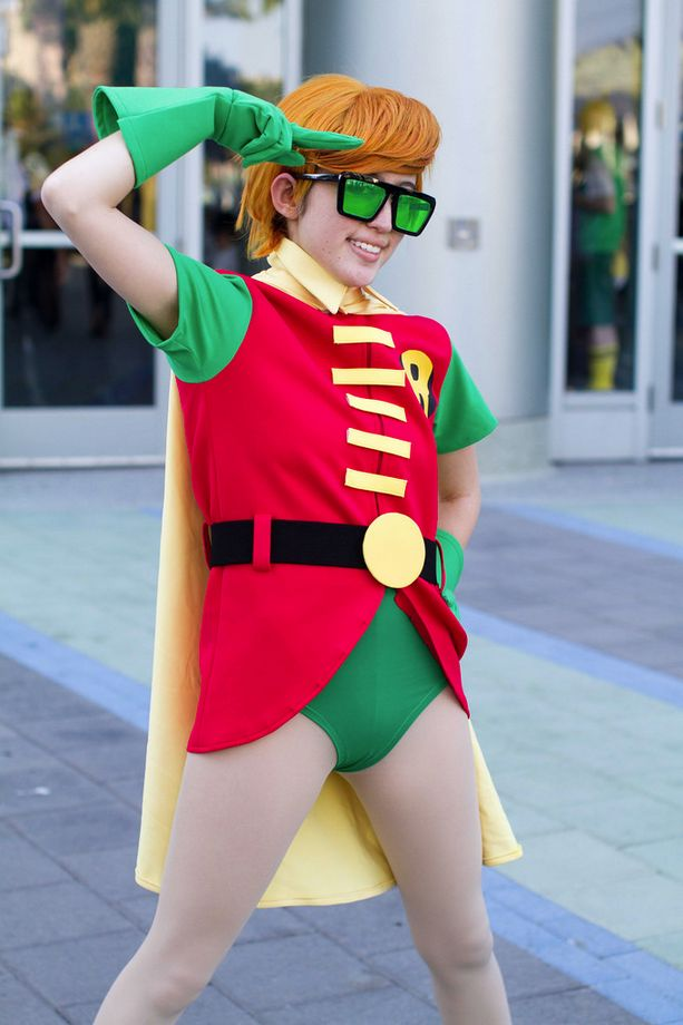 Wondercon 2014 Stephanie Brown Robin Robin Outfit