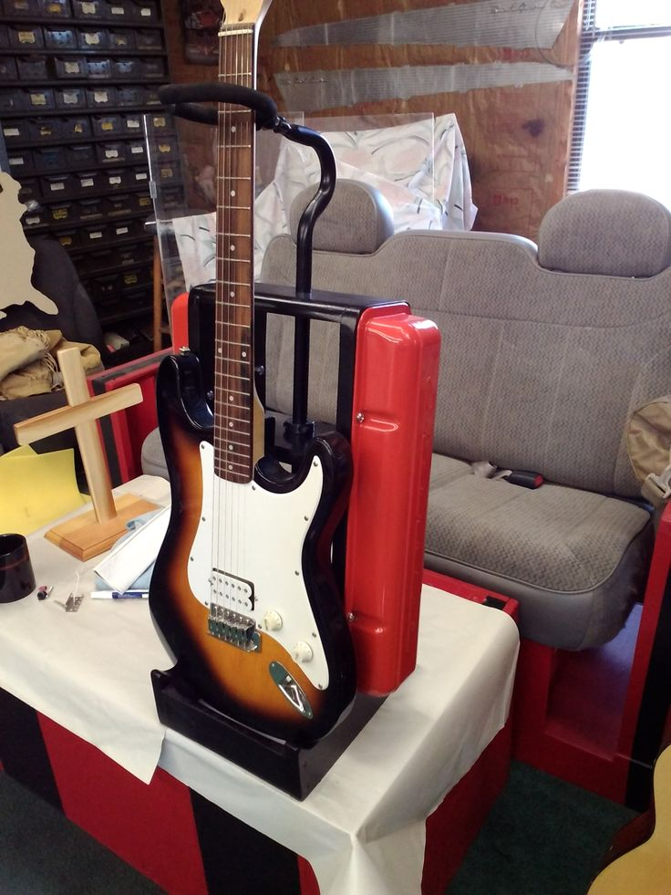 Guitar Stand Designs : Engine valve cover guitar stand guitars repurposed
