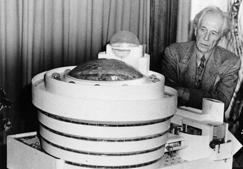 Frank Lloyd Wright's Feisty Critique of Le Corbusier, Philip Johnson, Education, and the New York Skyline | Brain Pickings