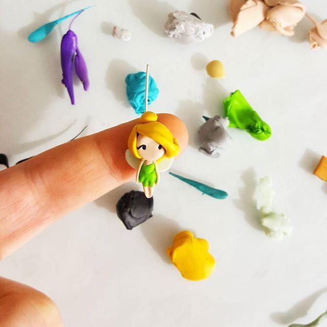 Tinkerbell charm ☄☄  Link shop in bio #disney #stitchmarkers #claycharm #disneyprincess #princess #principesse #miniature #disneylover #handmadeinitaly #handmadejewelry #etsy #etsyshop #stitchmarker #kids #shoppingonline #christmasgift #magickingdom #disneyworld #disneyland #shop #trilly #tinkerbell #disneyfind #peterpan #jasmine #ariel #polymerclay #snowwhite #biancaneve #mixmatch