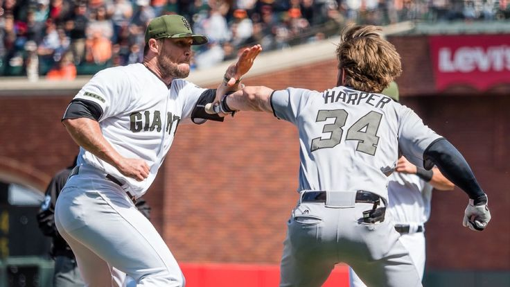 If Bryce Harper didn't charge, would Hunter Strickland still be suspended? #FansnStars