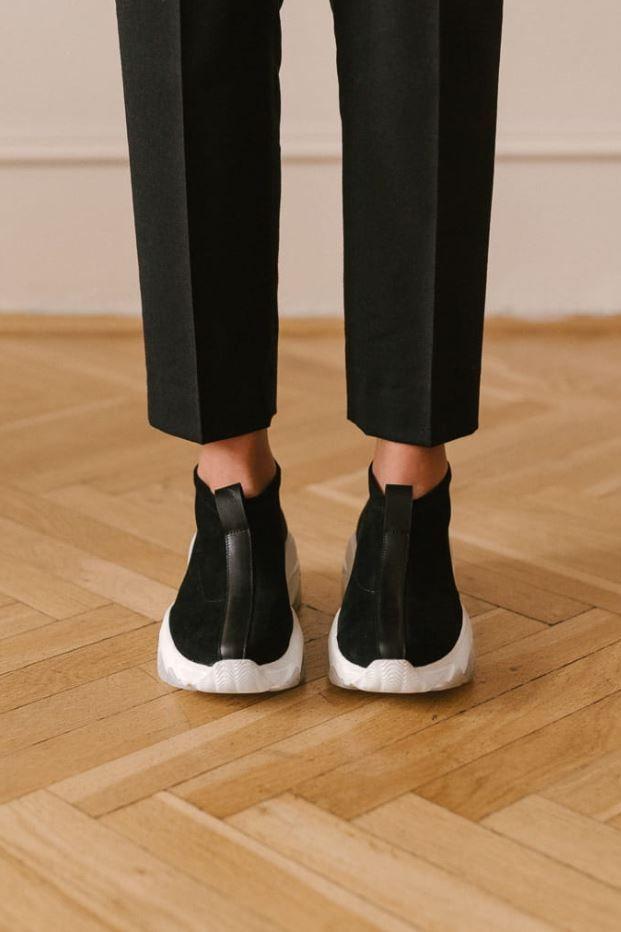 Sportowe Buty Idealne Do Miasta Sport Shorts Shoes Sports
