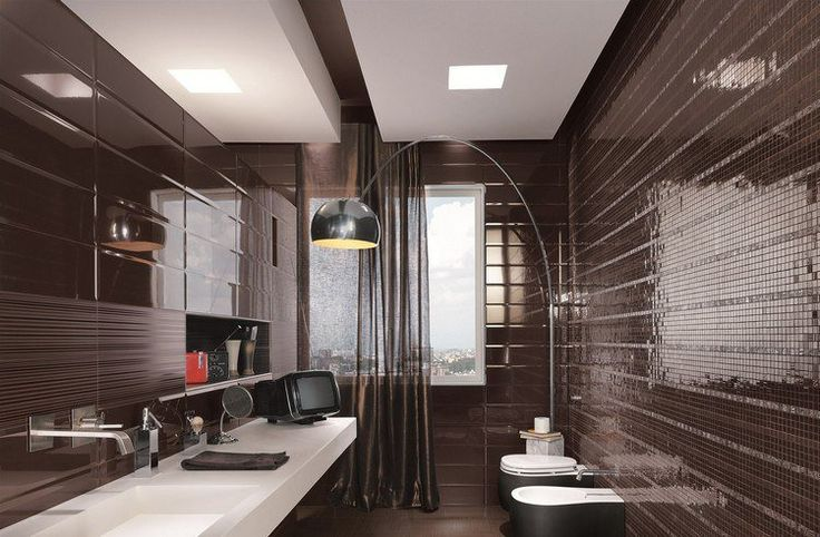 relooker sa salle de bain noire avec un lampadaire déporté et un écran de télé rétro