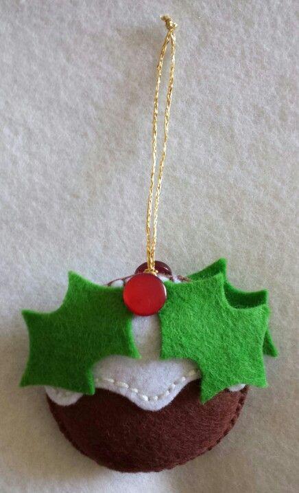 Christmas Pudding... festive decoration... Felt Christmas Decoration...
