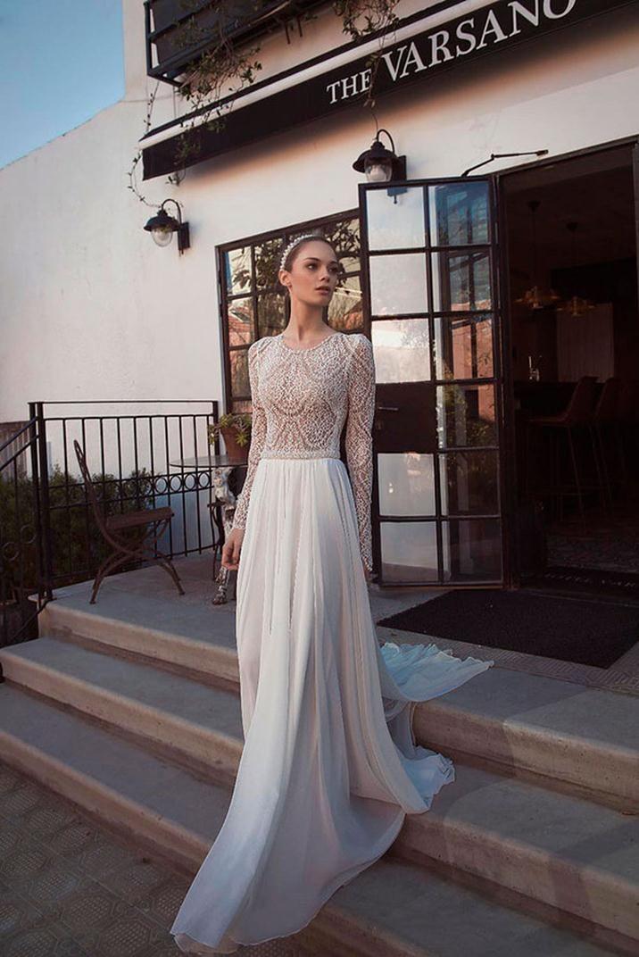 Fancy Merav is a graduate of Fashion Design Schools in Milan and Rome The fashion studio