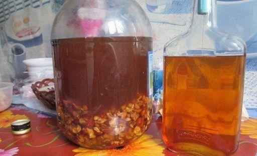 Рецепты настоек на изюме с использованием спирта и водки