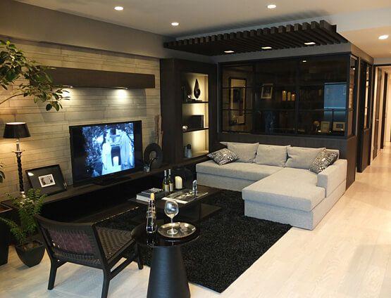リビングルームコーディネート|リビングの中に趣味室を設け、家族や仲間が集う空間に。