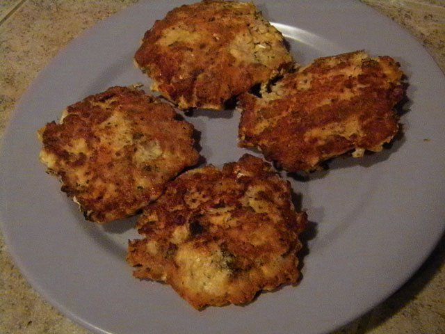 Quick and Easy Salmon Burgers for SCD and Paleo
