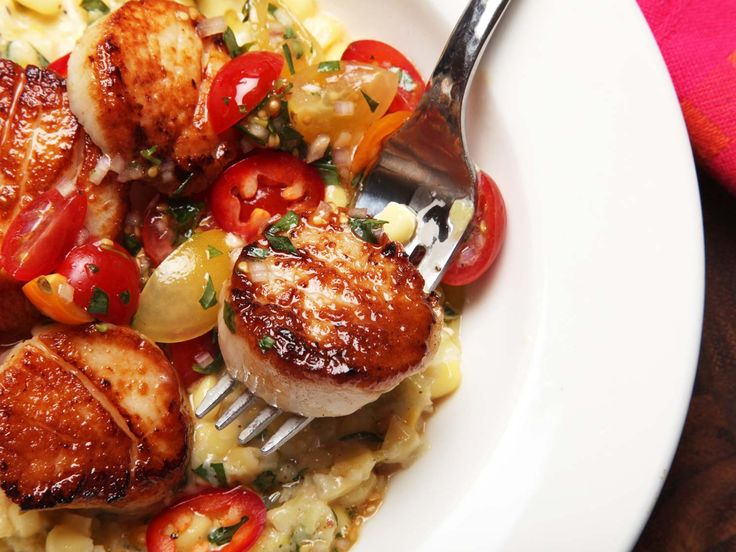 The problem with badly cooked scallops comes down to two things: the wrong scallops and mismanaging moisture. Here's what you need to know for perfect results every time.\n