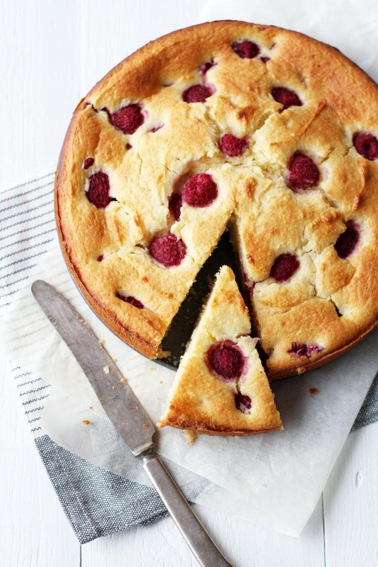 Vadelma-ricottakakku // Rasberry & Ricotta Cake Food & Style Tiina Garvey, Fanni & Kaneli Photo Tiina Garvey www.maku.fi