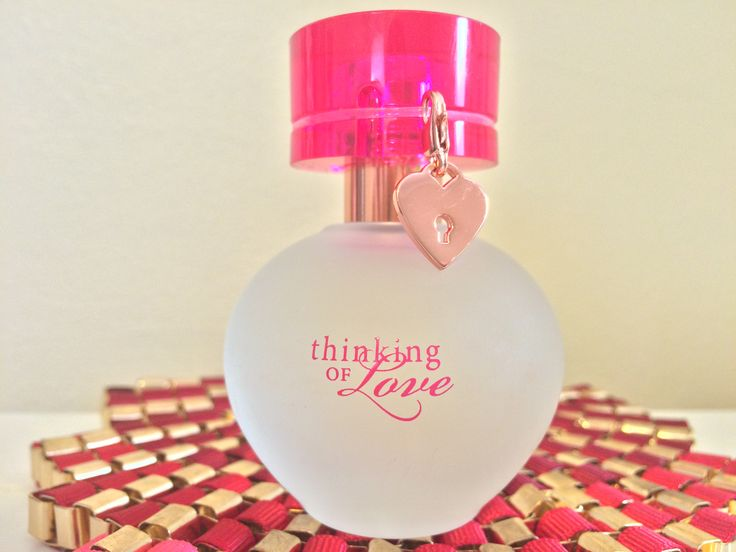 Treat your skin to a scented gift from the heart with NEW! Thinking of Love™ Eau de Parfum