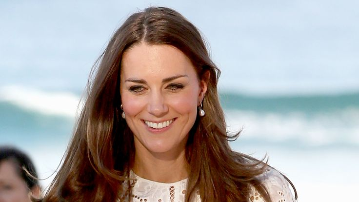 Go deep! Duchess Kate qualifies for advanced scuba certification
