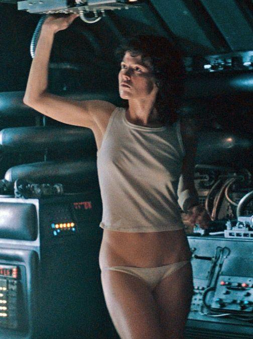 Sigourney Weaver-Alien As Ripley  Aktrisler, Nller-3044
