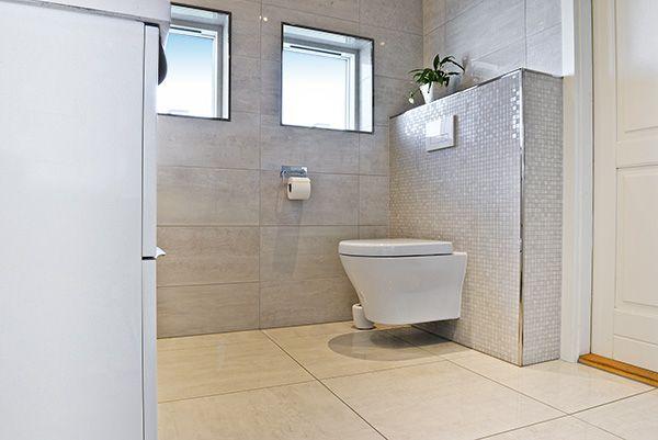 Vi elsker at skabe unikke badeværelser. I april 2016 udførte vi en total renovering af dette badeværelse i Esbjerg.