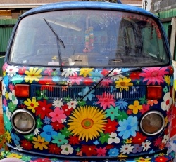 ♥ happy !! i wonder if i could do this to my car? resell value be DAMNED.