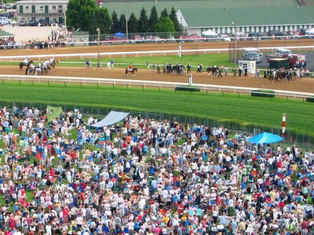An average of 80,000 people attend the Kentucky Derby every year.