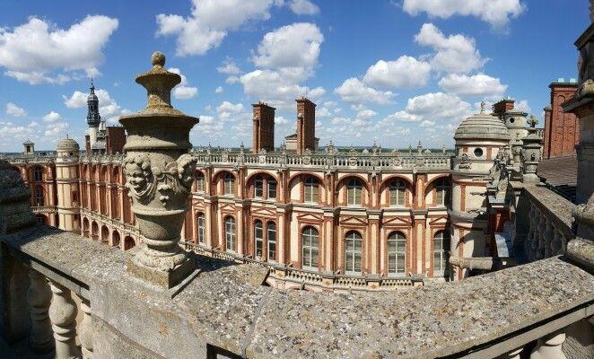 Les toits du château de Saint-Germain-en-Laye, abritant le musée d'Archéologie nationale.