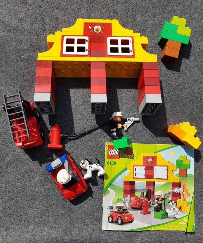 Duplo Feuerwache Feuerwehr 6138 Top Zustand Und Fast Vollstandig Hallo Ich Verkaufe Hier Die Feuerwache Von Duplo All Lego Duplo Duplo Feuerwehr Feuerwache