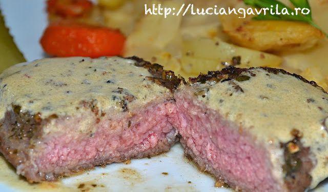 #Rumpsteak in green pepper crust