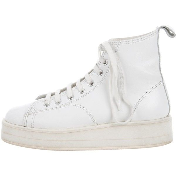 Pre-owned Comme des Gar?ons Flatform Combat Boots ($195) ❤ liked on Polyvore featuring shoes, boots, white, army combat boots, leather boots, leather lace up boots, combat booties and ankle combat boots