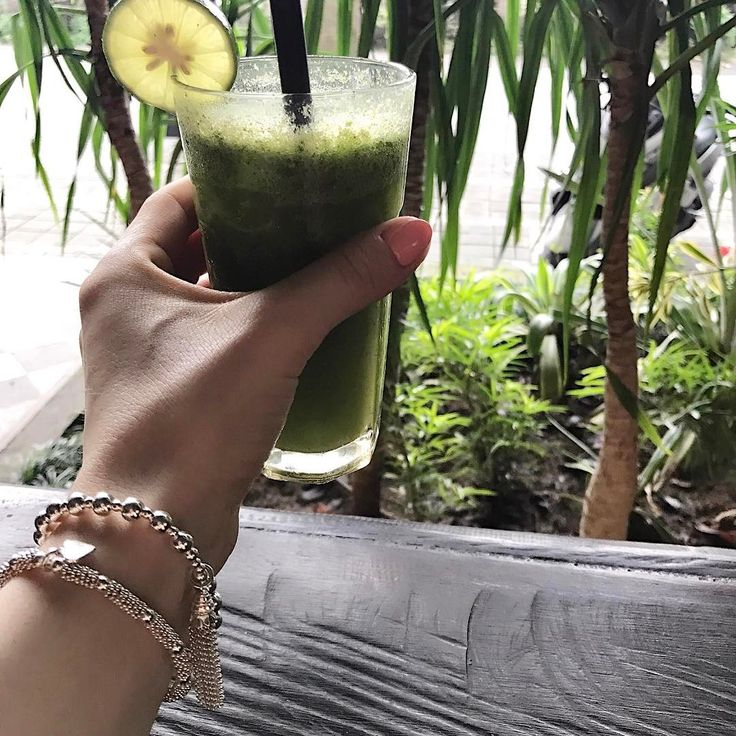 Mid morning green juice on a Sunday is our favourite