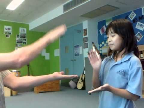 Omo Chio with Hanako 0001 - Tricky hand clapping game