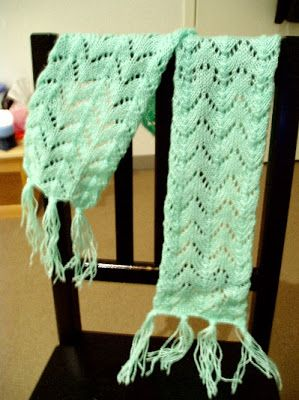 Fishtail, Lace scarf and Free knitting on Pinterest