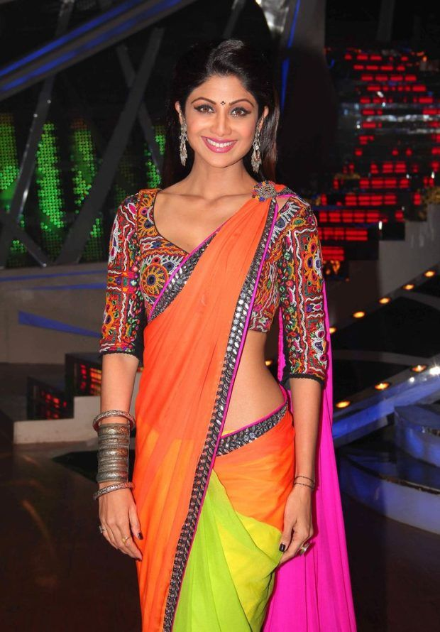 Traditional Outfits for your Navratri Festival Style Files