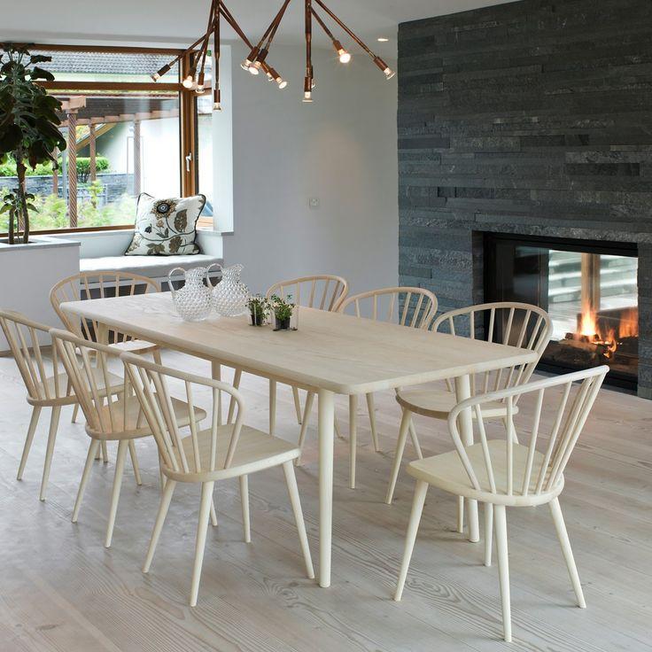 Svenssons i Lammhult - Möbler - Stolar / Miss Holly stol / ask naturlack