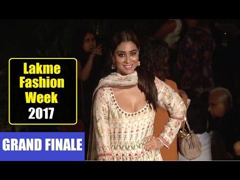 WATCH Shriya Saran @ Grand Finale of Lakme fashion Week 2017. Click here to see the full video > https://youtu.be/JhQLG_WH22M #shriyasaran #lakmefashionweek #lakmefashionweek2017 #lfw #lfw2017 #bollywood #bollywoodnews #bollywoodnewsvilla