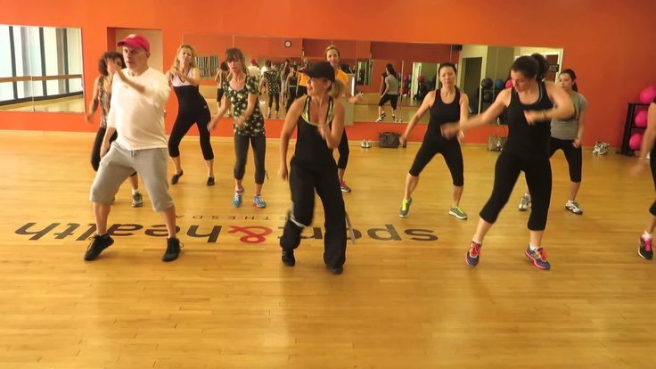 """YES! DO THIS ONE! """"Shake It Off"""" by Taylor Swift Zumba with Robin G."""