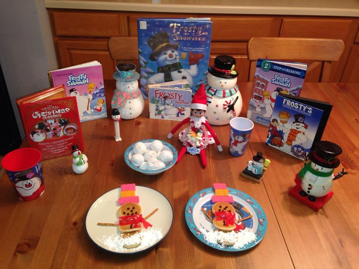 Day 20, 2014 - Sprinkle celebrated Frosty the Snowman Movie Night with us - Elf on the Shelf