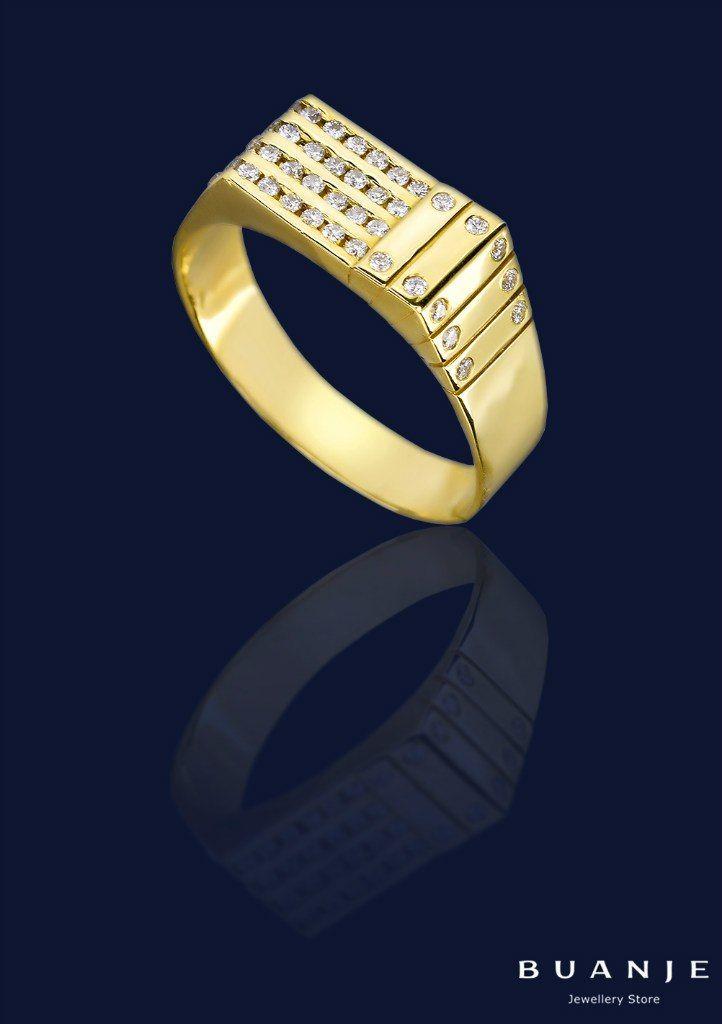И снова великолепный мужской аксессуар, который расскажет массу интересного о его обладателе: перстень-печатка из желтого золота с 46 бриллиантами. . Кто он, хозяин такого кольца? Свободный, уверенный в себе, стильный, любящий роскошь и комфорт мужчина, настоящая мечта любой женщины. . Узнаете себя? Вы достойны такого изысканного и лаконичного украшения. . Стиль настоящего джентльмена – стиль от BUANJE. . Мужской перстень из желтого золота. Вставка: 46 бриллиантов 0,5 ct 3/5 . Для заказа…