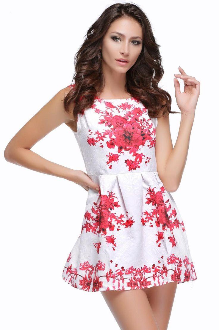 Элегантное, летнее платье без рукавов. Белый фарфор с цветочными вставками.