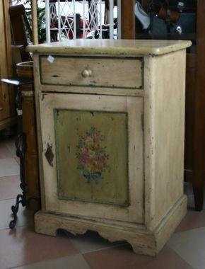 Mobili dipinti - Armadi, cassettoni, madie, comodini... - Murace Piercarlo & C s.a.s. - Negozio di cose vecchie ed arredamento antico