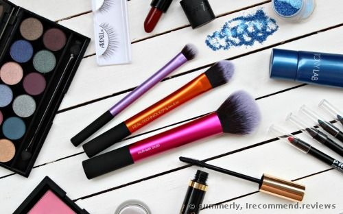 Real Techniques Travel Essentials Kit by Samantha Chapman Brush Set review