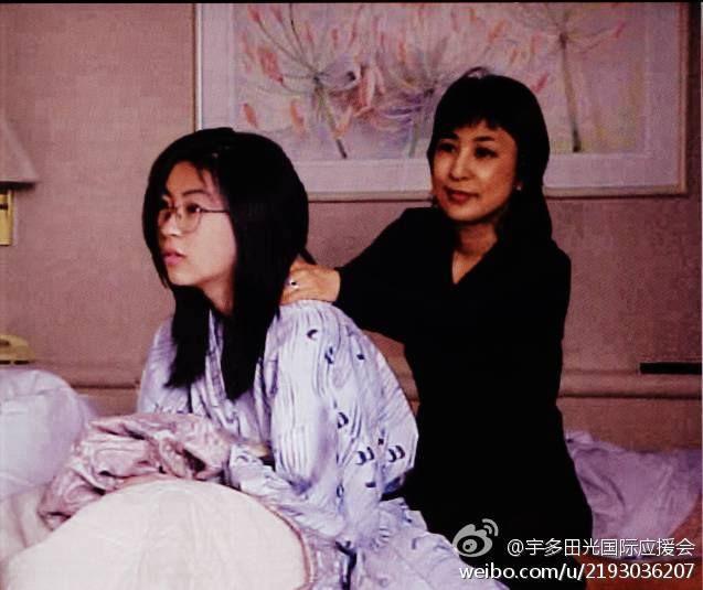 Utada Hikaru,Hikki and her mother Fuji Keiko